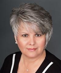 Lisa Bond