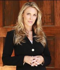 Candice Vanderbilt